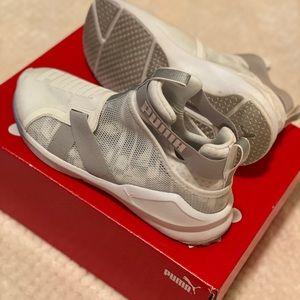 Women's PUMA Fierce Strap Swan Sneaker - Size 7.5